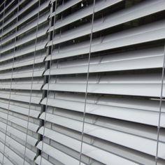 Venkovní žaluzie Z90 - realizace Poděbrady Blinds, Curtains, Home Decor, Decoration Home, Room Decor, Shades Blinds, Blind, Draping, Home Interior Design