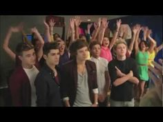 One Direction - Pepsi Commercial Extended Outtake.i love this commercial it makes me laugh One Direction Gif, British Boys, Perfect Boy, I Cant Even, Pepsi, Short Film, My Boys, Boy Bands, I Laughed