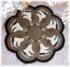 Ice Skates~Penny Rug/Candle Mat E-Pattern $5.00