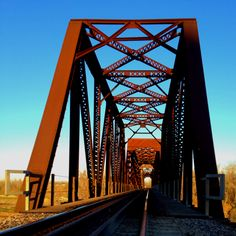 This photo reminds me of the Old Sharp Station bridge