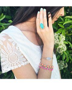 Robby Link Bracelet in Pink Hibiscus - Kendra Scott Jewelry. Cute Jewelry, Jewelry Accessories, Kendra Scott Jewelry, Spring Summer Fashion, Spring Style, Classy And Fabulous, Diamond Are A Girls Best Friend, Link Bracelets, Pretty Outfits