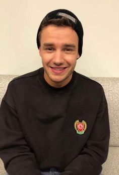 Uploaded by Masha. Find images and videos about one direction, liam payne and liam james payne on We Heart It - the app to get lost in what you love. Liam James, Liam Payne, One Direction Harry, One Direction Pictures, Harry Styles, We Heart It, Pop Rock, Wolverhampton, Zayn Malik