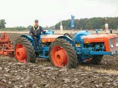Doe Triple D Tractors Antique Tractors, Vintage Tractors, Vintage Farm, Big Tractors, Ford Tractors, Old Farm Equipment, Heavy Equipment, John Deere 4320, Homemade Tractor