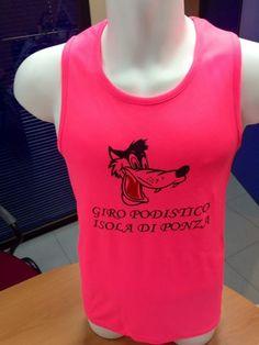 La nostra sgargiantissima maglia tecnica realizzata per il Giro Podistico dell'Isola di Ponza.