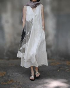 - Get inspired and find your own unique style for woman of all ages. Casual interesting and cool fashion. Real clothes for real women, streetwear. Vetements Clothing, Shabby Chic Mode, Mode Hippie, Elisa Cavaletti, Over 50 Womens Fashion, Grunge Style, Linen Dresses, Boho, Mode Outfits