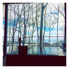 .  一昨日は長い出張から少しの休憩のため、ご褒美。  お風呂にご飯、景色…最高に素敵でした!  特に温泉の朝ごはんはたまらない!大好きです♡  .  #坐忘林#ニセコ#北海道#温泉#旅館#ご褒美#源泉かけ流し#朝ごはん#ロイブ#niseko#instagood#happy#loive  photo credit: @ayaka.maekawa   zaborin.com