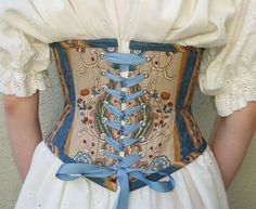 Pretty pattern underbust corset