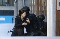 Secuestro en Sydney sin precedentes - Un supuesto islamista retiene a punta de pistola a...