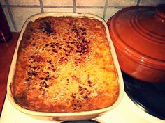 Μουσακάς λαχανικών …από την Αλεξάνδρα Σουλαδάκη http://www.donna.gr/14608/mousakas-lachanikon-apo-tin-alexandra-souladaki/  Σήμερα θα φτιάξουμε ένα υπέροχο μουσακά, μιας και κρατάει ακόμα το καλοκαίρι και ο μουσακάς είναι κατ εξοχήν καλοκαιρινό φαγητό. Ο μουσακάς είναι παρεξηγημένος, γιατί το�