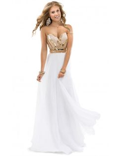 Low-cut Sweetheart Neckline A-line Full Length White Chiffon Sweet Sixteen Dresses