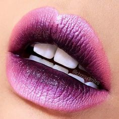 Ombre Lips: 30 Stunning Lip Styles to Try Right Now ★ See more: http://glaminati.com/ombre-lips-styles/