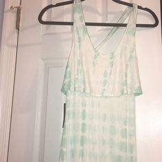 Stunning Turquoise Tie Dye Maxi dress XS BRAND New with tags XS Cynthia Rowley Tie Dye Flutter Top Maxi Dress. I'm obsessed with the back on this (see pics) Super soft, flowy and light weight! Make an offer! Cynthia Rowley Dresses Maxi