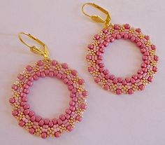 "Tutorial orecchini ""Cerchi Rosa"" perline peyote circolare - Rocailles e Delica Miyuki nei colori Rosa e Oro - Modello Cerchio  #woman #tutorial #earrings #miyuki #pattern #patternsforcrochet #handmade #handembroidery #pink #pinkwedding #blackgirlmagic #blackpink #stitch #brickstitch #handmadejewelry #hoop"