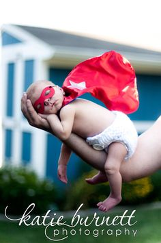 Too cute! ♥  Newborn Baby Photo Session Ideas | Props | Prop | Child Photography | Pose Idea | Poses | Super Hero