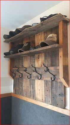Wooden Pallet Projects, Diy Pallet Furniture, Woodworking Projects Diy, Wooden Pallets, Woodworking Plans, Furniture Ideas, Painted Furniture, Woodworking Shop, Pallet Wood
