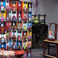 Paravent recouvert de portraits chinois photocopiés et peints à la manière d'Andy Warhol