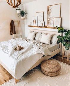 Small Room Bedroom, Room Ideas Bedroom, Cozy Bedroom, Small Rooms, Bedroom Brown, Bedroom Modern, Natural Bedroom, Brown Bedrooms, Minimalist Bedroom