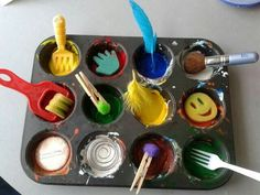 """Could be cool when teaching how to paint. Painting with random objects at 'Tu Tamariki - Play Based Learning' ("""",) Kindergarten Art, Preschool Art, Process Art Preschool, Toddler Activities, Preschool Activities, Painting Activities, Therapy Activities, Art For Kids, Crafts For Kids"""