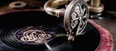 Die Musik auf der Hochzeit hat einen großen Einfluss auf die Stimmung. Doch für welche Art von Hochzeitsmusik soll ich mich entscheiden: Band oder DJ?