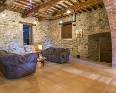 Cotto fatto a mano: un percorso di unicità e originalità che coinvolge inevitabilmente anche i pavimenti per interni. #homedesign #interiordesign #handmade #madeinitaly #furnace