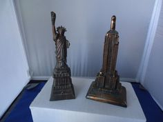 vtg Statue of Liberty  & Empire State Building souvenir metal 2pc lot New York