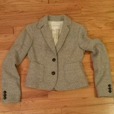 Banana Republic Gray Wool Blazer Excellent condition.  Size 0. Fully lined. Banana Republic Jackets & Coats Blazers