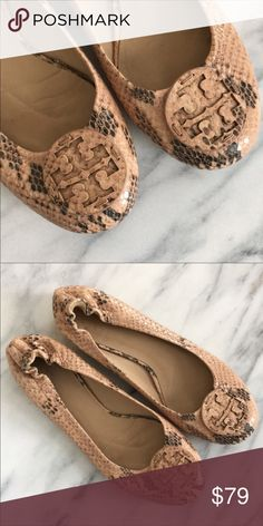 5d490f9008c Tory Burch size 8 shoes in GREAT condition! Snake print Tory Burch flats in  very
