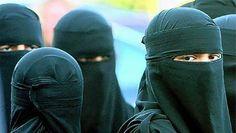 Wie in Zwitserland een boerka draagt, riskeert 9.000 euro boete - HLN.be