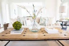 How to Mix and Match Pillows Like a Pro