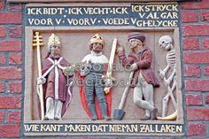 dodendans, Gevelsteen in Haarlem