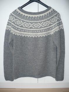 Noor-Strikk Icelandic Sweaters, Knitting Machine, Pullover, Knits, Handmade, Ideas, Fashion, Moda, Hand Made