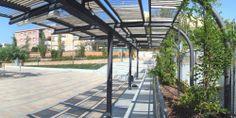 Las nuevas infraestructuras han sido un pretexto para renovar los espacios públicos que las acogen y para mejorar su urbanización en función...