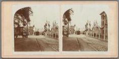 1910 Decoratie Kattenburgerplein met links de Kattenburgergracht en rechts een gedeelte van 's Lands Zeemagazijn. (wijk 20)
