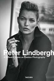 A Different Vision on Fashion Photography (Hardcover). When German photographer Peter Lindbergh shot five young models in downtown New. High Fashion Photography, Glamour Photography, Lifestyle Photography, Editorial Photography, Peter Lindbergh, Lela Rose, Vogue Editorial, Editorial Fashion, Neymar