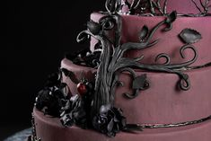Purple And Black Gothic Wedding Cakes More awesome color Gothic Birthday Cakes, Halloween Wedding Cakes, Victorian Gothic Wedding, Gothic Wedding Cake, Amazing Wedding Cakes, Elegant Wedding Cakes, Goth Cakes, Tree Cakes, Wedding Designs