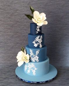 Beautiful Cakes, Amazing Cakes, Blue Cakes, Wedding Cakes With Cupcakes, Magnolia Flower, Blue Ombre, Cake Designs, Sugar, Flowers