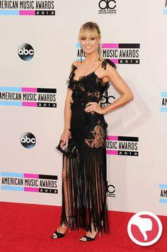 O vestido Marchesa de Heidi Klum estava mais 'out' do que 'in' no evento.