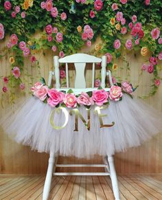 High Chair Tutu - Highchair Tutu Skirt - Pink and White Highchair tutu - Highchair skirt - High Chair Skirt-1st Birthday- High Chair Banner