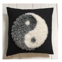 Yin and yang via Kuddebo. Click on the image to see more!