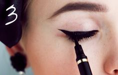 EYE LINER : Yves Saint Laurent shocking (lasts forever, really worth it compared to cheaper brands which dry out in less than two weeks) OH LA LI-NER Full Eyebrows, Perfect Cat Eye, Kristina Bazan, Cat Eyeliner, The Beauty Department, Lily Collins, Eye Make Up, Beauty Hacks, Hair Makeup