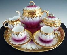 Sada na kávu * růžovo bílý porcelán, zdobený zlatem.