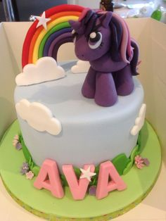 My Little Pony Cake Ideas - Twilight Sparkle Cake  Twilight Sparkle, Pinkie Pie, Rainbow Dash, Rarity, Fluttershy, Applejack, Unicorn, Spike, Equestria, Ponyville