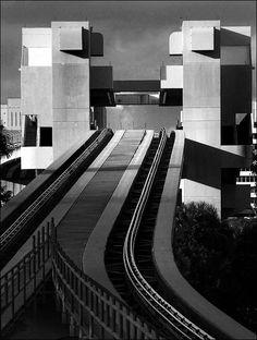 Metromover in Miami by Boris Feldblyum Photography