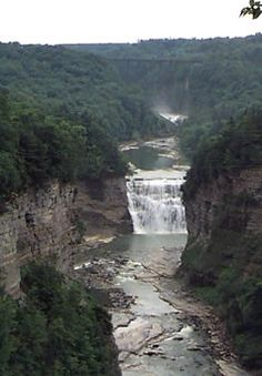 Letchworth State Park in Wyoming County, WNY.  Gorge Trail.  View of Middle and Upper Falls.