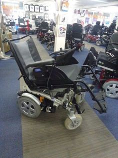 2017 Invacare Spectra XTR2 TILT Functin electric Powered wheelchair