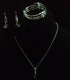 #98 Necklace, Earrings & Bracelet Set $50 - Bonnie's Crystal Creations