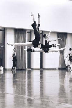 Ballet -Thats what its all about!! Look at that extension and timing!! Looks like they're floating!! Perfection!!