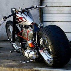 Need a battery for your custom chopper or bobber? ThrottleX Batteries has the best application guide on the market. Vintage Harley Davidson, Harley Davidson Chopper, Harley Davidson Motorcycles, Custom Motorcycles, Custom Bikes, Triumph Motorcycles, Virago 535, Side Car, Chopper Bike