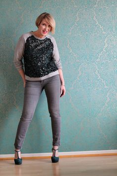 A fashion blog for women over 40 and mature women  Sweater+Pants: Zara Pumps: Laura by Görtz