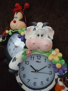 relógio de Vaca em biscuit
